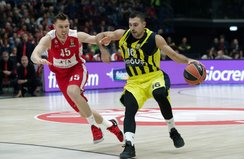 Fenerbahçe deplasmanda Milanoyu devirdi