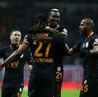 Galatasaraya yüz nakli!