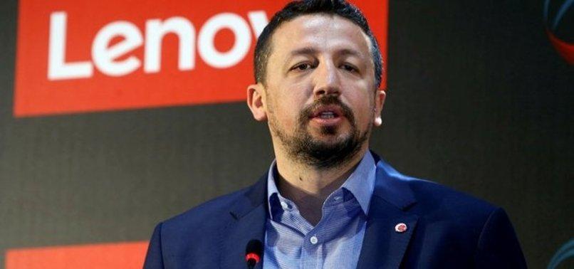 Hidayet Türkoğlu'ndan finalistlere tebrik