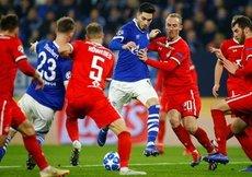 Schalke kazandı, Lokomotiv veda etti