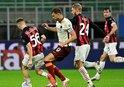 Milan kaçtı Roma kovaladı! Gol düellosunda kazanan yok