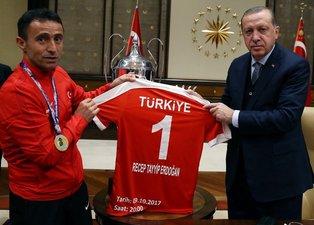 Cumhurbaşkanı Erdoğan, şampiyonları kabul etti