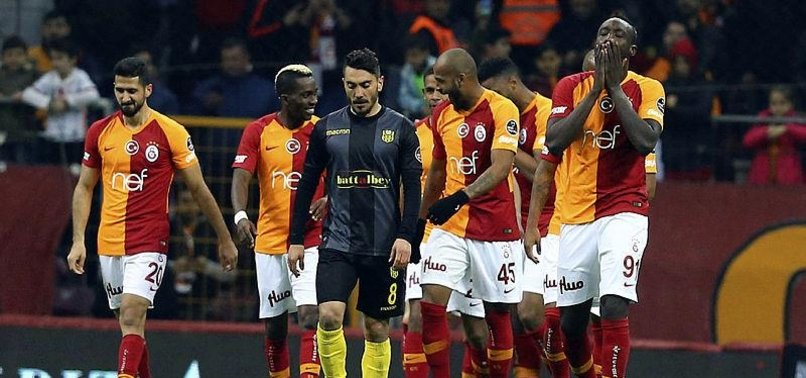 Galatasaray parlıyor