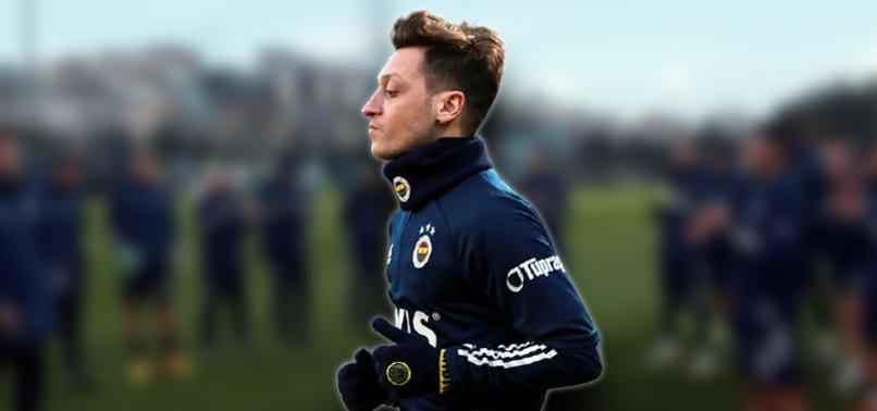Fenerbahçe efsanelerinden Mesut Özil'e hoş geldin mesajları!