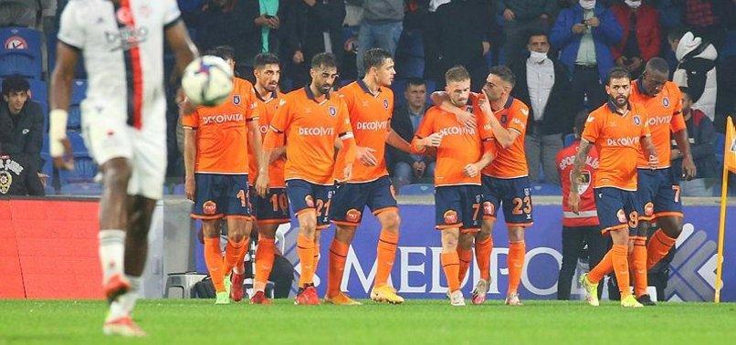Başakşehir 3-2 Beşiktaş (MAÇ SONUCU-ÖZET)   Gol düellosunda kazanan Başakşehir!