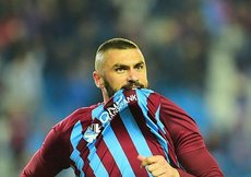 Trabzonsporda Burak Yılmaz sevinci