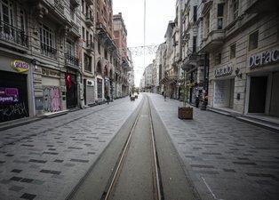 İstanbullular Evde kal çağrısına uydu! Meydanlar boş kaldı...