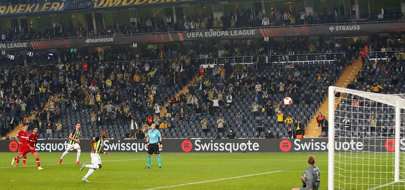 Fenerbahçe - Antwerp maçında Enner Valencia penaltı kaçırdı! İşte o anlar
