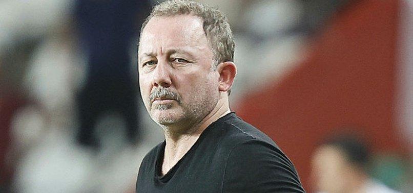 Beşiktaş Teknik Direktörü Sergen Yalçın'dan Stefan Kuntz sözleri!