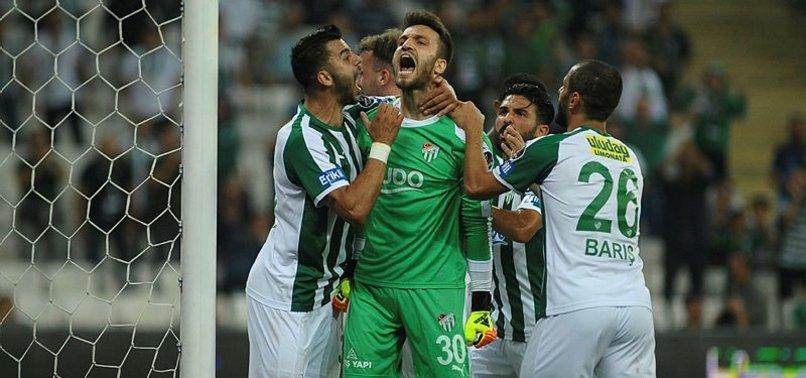 Bursaspor'un kalesini 3 isim korudu