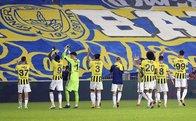 Seyirci olsa Fenerbahçe şampiyonluk ipini erken koparır