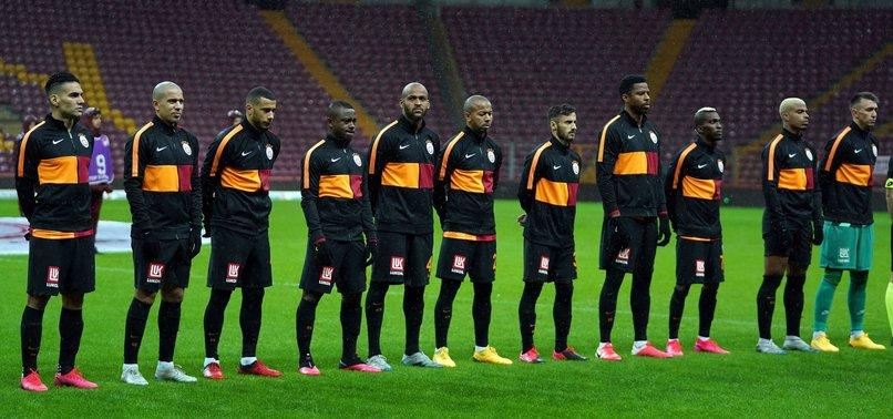 Galatasaray'da hangi isimler takımdan ayrılacak?