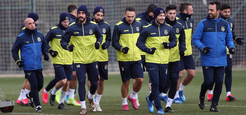 Fenerbahçe Başakşehir maçı hazırlıklarını sürdürdü