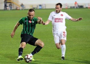Akhisarspor - Ümraniyespor maçından kareler
