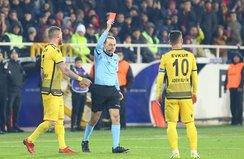 Y. Malatyaspor'a kırmızı kart şoku