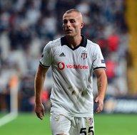 Beşiktaştan Galatasaraya yılın transferi! Bedavaya gelecek