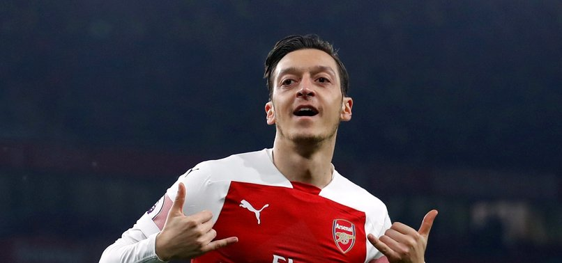 Mesut Özil forma numarasını açıkladı!