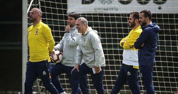 Fenerbahçe transfer bombalarını patlatacak! İşte hedefteki isimler