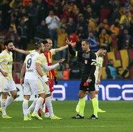 Alper Ulusoy isyanı sürüyor: Fenerbahçe taraftarı TFFye yürüyecek!