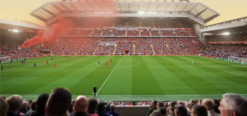 İngiltere'de seyirciler stada dönüyor! İşte o tarih