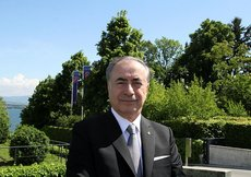 Mustafa Cengiz: UEFA, 2024ü Türkiyeye vermeli