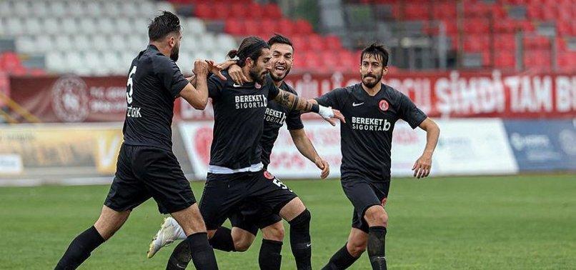Ümraniye Adanaspor'u tek golle geçti!